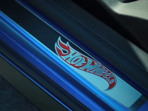 Chevrolet-Camaro_Transformers_2010_1600x1200_wallpaper_07